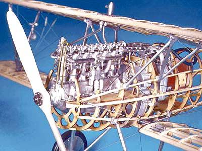 Биплан Albatros масштаб 1:16