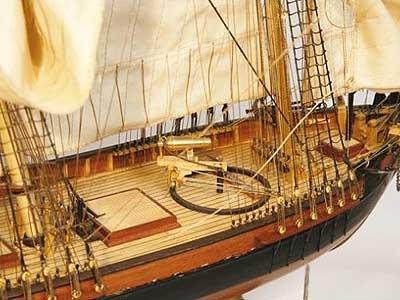 Деревянный корабль для сборки DOS Amigos