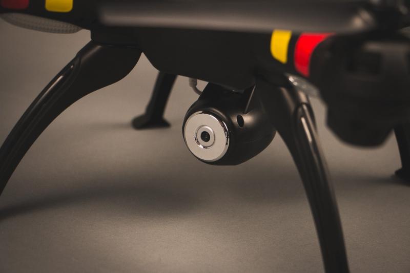 Радиоуправляемый квадрокоптер SYMA X8W с FPV камерой