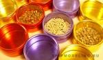 Набор из 12 цветных контейнеров (диаметр 53 мм.)