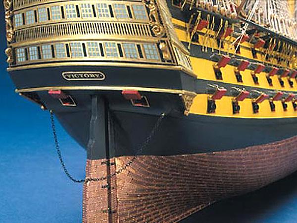 HMS  Victory масштаб 1:78