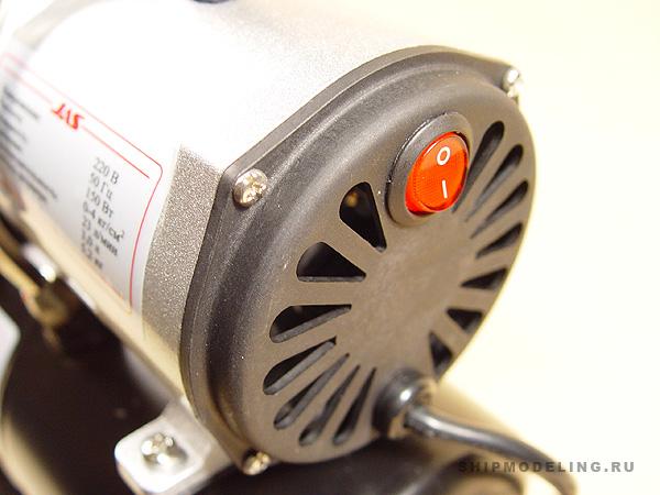 Компрессор с регулятором давления