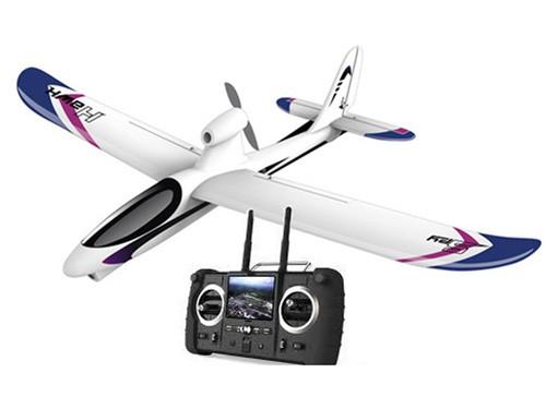 Самолетик на пульте управления